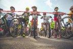 Kaip išmokyti vaiką važiuoti dviračiu?