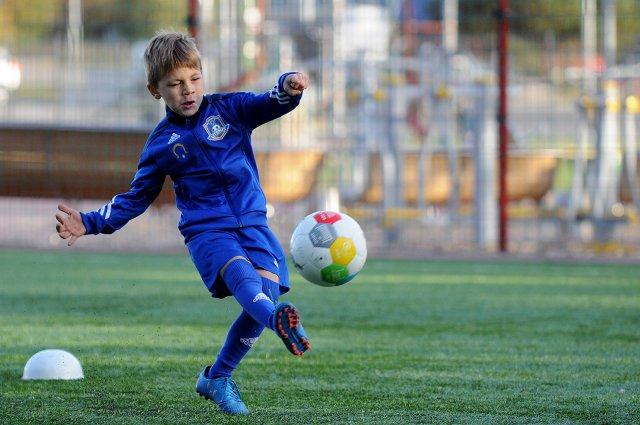 Vaikai labiausiai mėgsta komandines sporto šakas