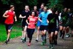 """Besiruošiantys """"Danske Bank Vilniaus maratonui"""" bėgikai laukiami nemokamose treniruotėse."""