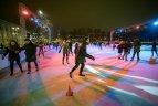 Vilniuje Lukiškių aikštėje atidaryta ledo čiuožykla